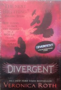 Divergent Series Boxed Set (Set of 3 Books) (English) (Paperback): Book by Veronica Roth
