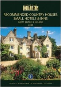 Conde Nast Johansens 2005 Recommended Country Houses  Small Hotels & Inns: Great Britian & Ireland (Johansens Recommended Country Houses  Small Hotels and Traditional Inns: Great Britain and Ireland) (English) illustrated edition Edition (Paperback): Book by Johansens