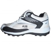 Hytech Sports Cool Air White And Black Running Shoes