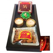 Maalpani Deepavali Gift Tray Hamper Best Wishes With Fancy Kankavati Floor Stickers N Unique Candle Holders - Diwali Gifts