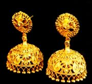 The Ever Ethnic....Dipika's Chennai Express Gold Forming Jhumkas