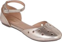 Flora Gold Synthetic Leather Flat Sandal For Women - (product Code - Pf-3005-31)