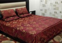 Peponi Polycotton Floral King Sized Double Bedsheet (2 Bedsheet, 4 Pillow Covers, Mehroon)