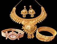 22crt Gold Plated Set With Bangles With Watch
