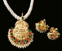 Traditional Laxmi Pendant Jewellery Set