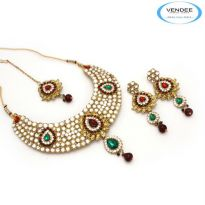 Vendee Fashion Maroon & Green Alloy Necklace Set 6822