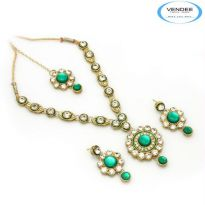 Vendee Fashion Green Alloy Necklace Set 6825