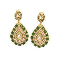 Vendee Fashion New Collection Earrings Jewelry 7095