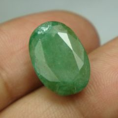 Lab Certified 7.58Cts Natural Untreated Emerald/Panna