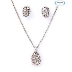 Vendee Fashion Attractive Diamond Pendant 5941
