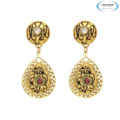 Vendee Awesome fashion designer earrings