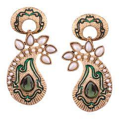 Vendee Fashion Green Core Shape Earrings