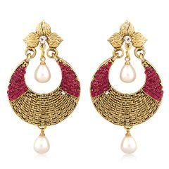 Vendee Fashion Filigiree work Earring with pearl