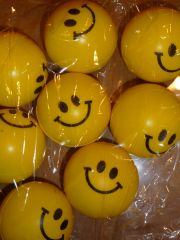 6 Squeeze Smile Stress Balls