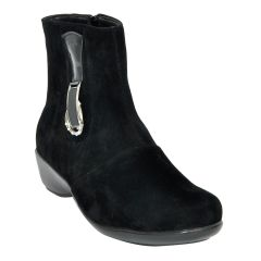 Altek Fashionable Black Boot For Women