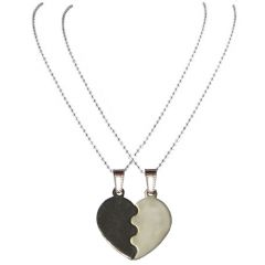 Men Style 2016 New Broken Heart  Black And Silver  Heart Pendant Set For Men And Women (Product Code - SPn08009)