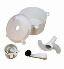 Home Basics New Kitchen Dough Maker Egg Beater Machine