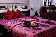 Jodhaa Doubles Cotton Quilt /Razai Reversable in Purple and Pink