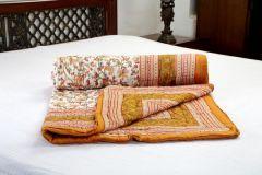 Jodhaa Singles Cotton Quilt / Razai In Floral Print In White & Brown