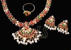 Shop or Gift Exclusive Jewellery Ethnic Navratna Stones Set Online.