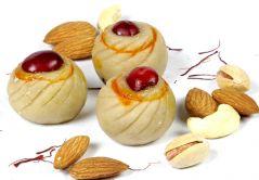 Sweets-Kaju Ring Pedas