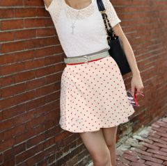 LADIES POLKA DOTS SHORT SKIRT.