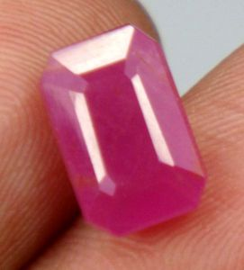 Top Grad 4.39ct Certified Unheat Burma Ruby/manak