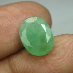 Lab Certified 4.91cts Natural Untreated Emerald/panna