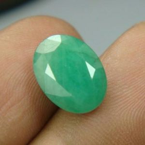 Certified 4.62cts Natural Untreated Emerald/panna