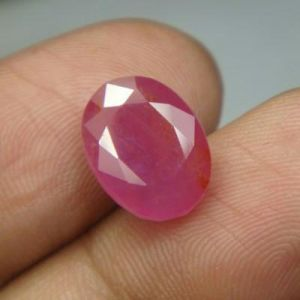 Top 6.26ct{6.95 Rati}certified Unheated Burma Ruby