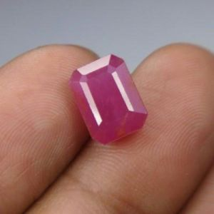 Top Grad 6.39ct Certified Unheat Burma Ruby/manak