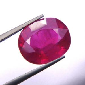 Top Grade 12.13ct Lab Certified Natural Ruby/manek