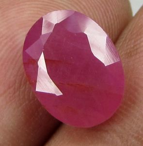Top Grade 4.97ct Certified Unheated Natural Ruby/manak