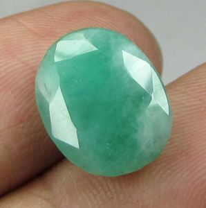 Lab Certified 5.84cts(6.48 Ratti) Natural Untreated Zambian Emerald/panna