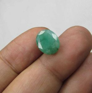 Lab Certified 4.80cts(5.33 Ratti) Natural Untreated Zambian Emerald/panna