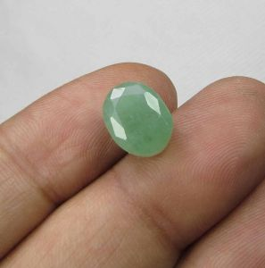 Lab Certified 4.76cts(5.28 Ratti) Natural Untreated Zambian Emerald/panna
