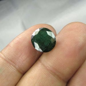 Lab Certified 4.31cts(4.78 Ratti) Natural Untreated Zambian Emerald/panna