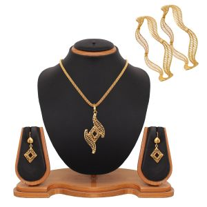 Vendee Fashion Fashion, Imitation Jewellery - Vendee Fashion Latest Designer Gold Combo Offer Set (1560)