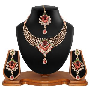 Vendee Fashion Maroon And Green Stone-studded Necklace Set (8517)