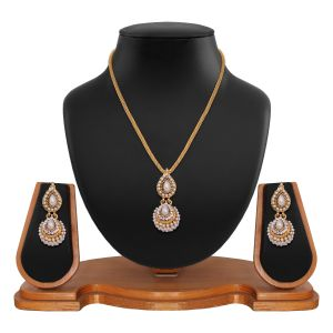 Adorable Round Shape Jhumki Style White Pendant Set In Alloy 8661