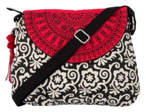 Kiara,Fasense,Flora,Triveni,Pick Pocket,Platinum,Surat Diamonds Handbags - Pick Pocket Black Semi Circle Sling