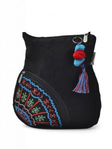 Pick Pocket,Gili,Oviya Women's Clothing - Pick Pocket Black Canvass Sling Bag - Slblkbside55