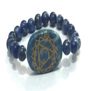 Lapis Lazuli Throat Chakra Symbol Engraved Stretch Bracelet
