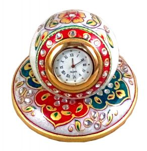 Green And Red Round Marble Table Watch