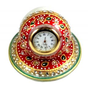 Red White Round Marble Table Watch