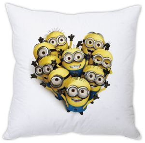 Stybuzz Minions Heart Cushion Cover