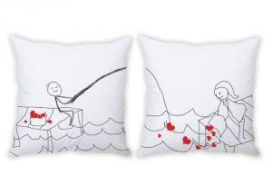 Stybuzz Catching Your Heart Couple Cushion Covers