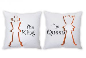 Stybuzz The King And The Queen Couple Cushion Covers