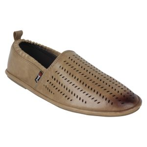 "Guava Men""s Comfortable Slip-on Loafers - Teak - (product Code - Gv15ja328)"