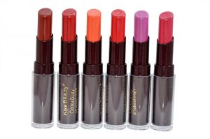 Kiss Beauty Color Stay Matt Lipstick With Liner & Rubber Band -rhtsh-a2-(code-kb-35745-a2-lpsk-lt28-m-eylnr-fl)